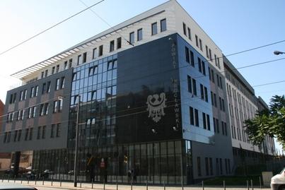 Starostwo Powiatowe we Wrocławiu: Na drogach inwestycyjny ruch