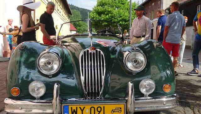 Szczytna: Jaguary i skaterzy