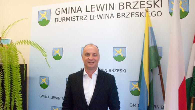 Lewin Brzeski: Ostrożnie i rekordowo